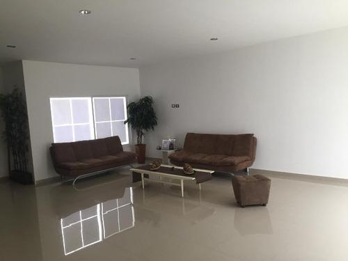 casa en venta en fracc el roble residencial