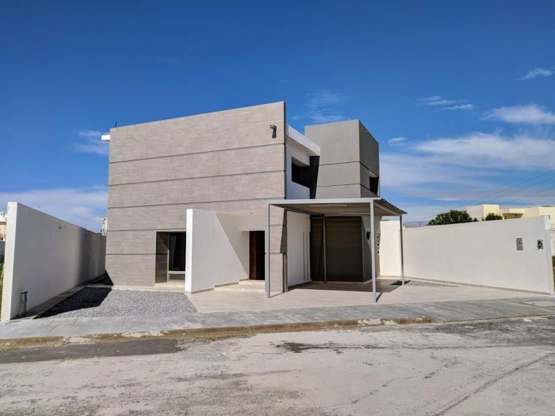 casa en venta en fracc frondoso