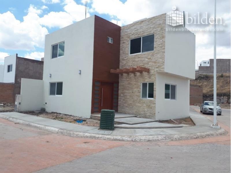 casa en venta en fracc residencial balcón de tapias