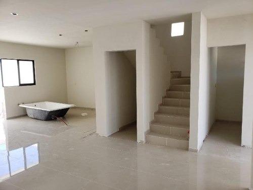 casa en venta en fracc villas de la salle