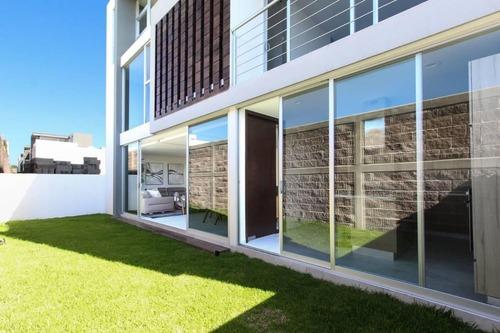 casa en venta en fraccionamiento cuarzo en angelópolis