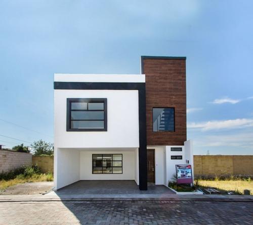 casa en venta en fraccionamiento el suspiro