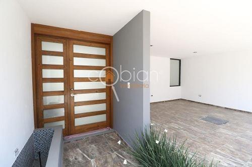 casa en venta en fraccionamiento en barrio de jesus, cholula