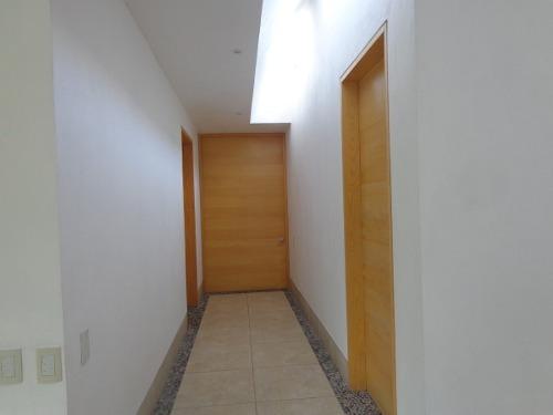 casa en venta en fraccionamiento privado, terreno 1870 m2