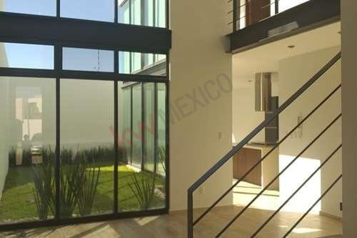 casa en venta en fraccionamiento san ángel 1, con vigilancia las 24 hrs. precio de 3'200,000 mn