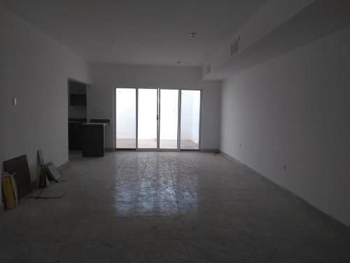 casa en venta en fraccionamiento villa de las palmas