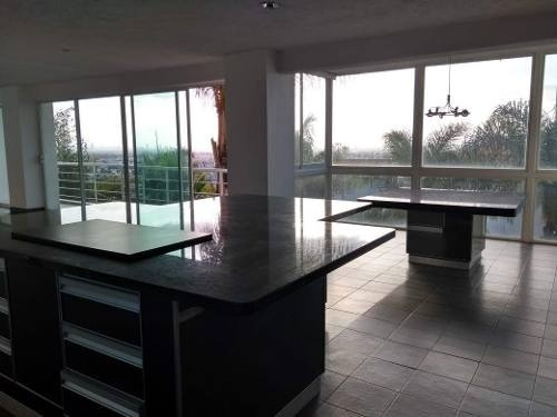casa en venta en fraccionamiento villa satélite la calera