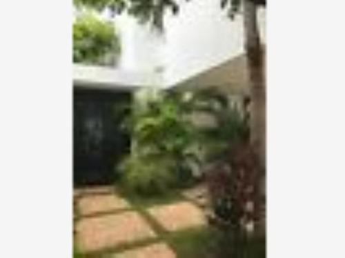 casa en venta en freaccionamiento altabrisa