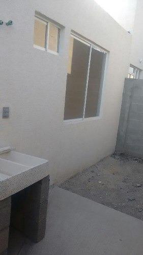 casa en venta en fuentes de balvanera nueva de un piso