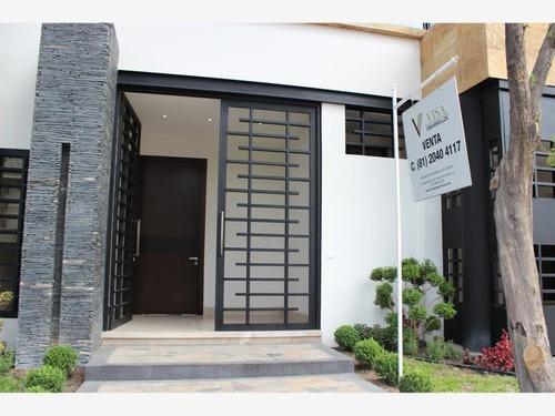 casa en venta en fuentes del valle