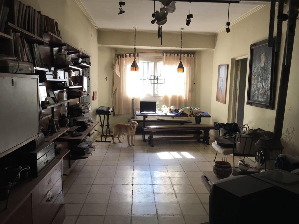 casa en venta en gonnet | 489 (lacroze) e/21 y cno. belgrano