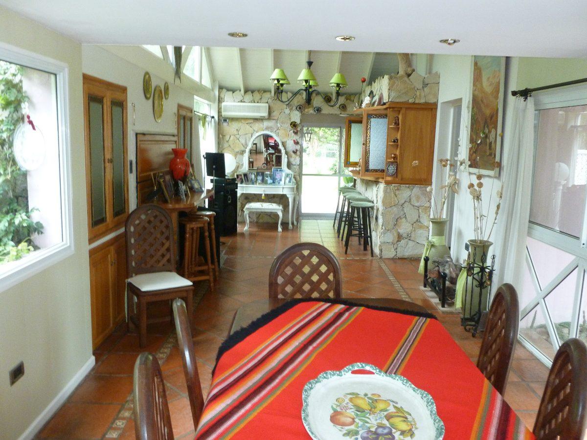 casa en venta en gorina | 485y133 ( country san facundo)