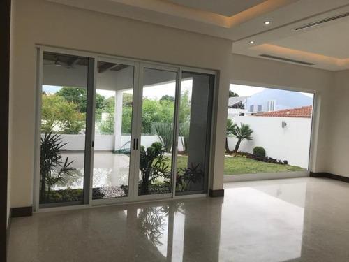 casa en venta en hacienda san agustin