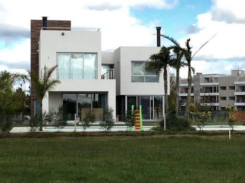 casa en venta  en haras del sur