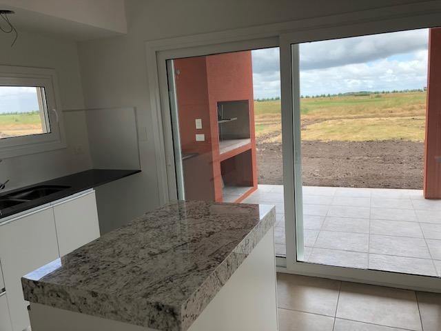 casa en venta en haras del sur iii  barrio palmeras  lote 87 haras del sur iii - alberto dacal propiedades