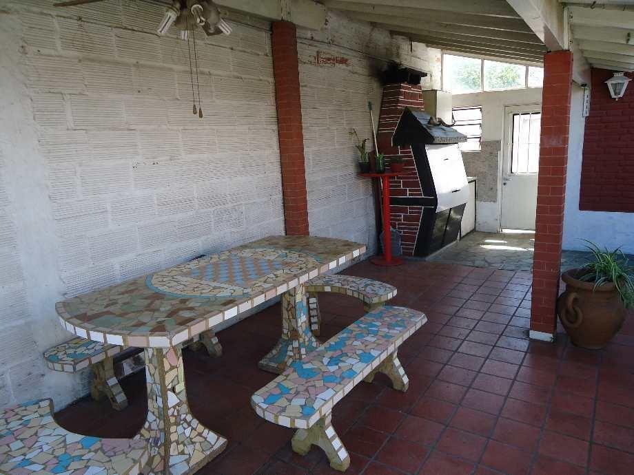 casa en venta en ituzaingo (sur)