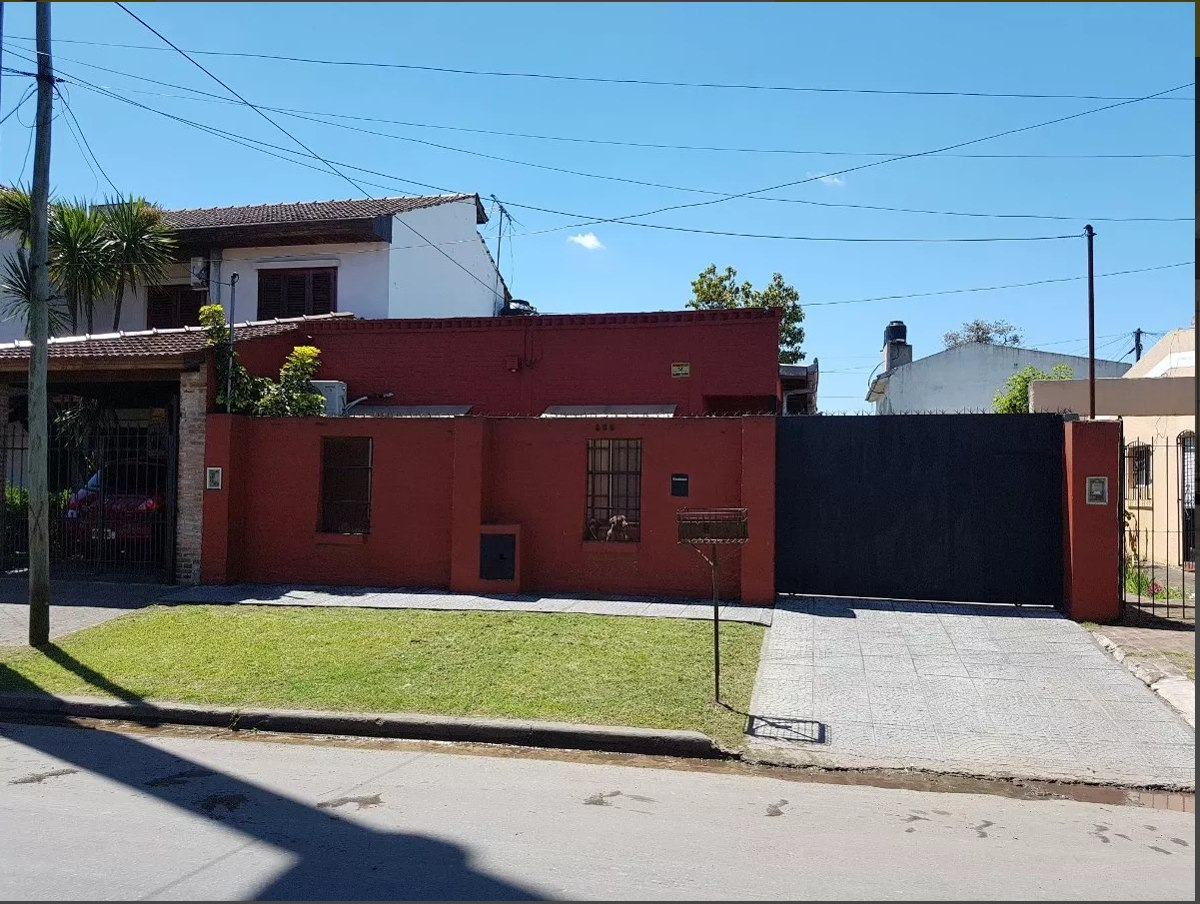 casa en venta en ituzaingo sur