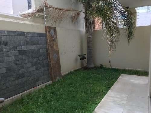 casa en venta en jardin real en zapopan,jal.