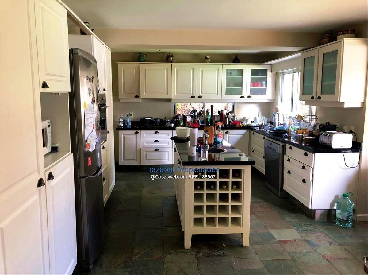 casa en venta en jardines de carrasco, irazabal propiedades