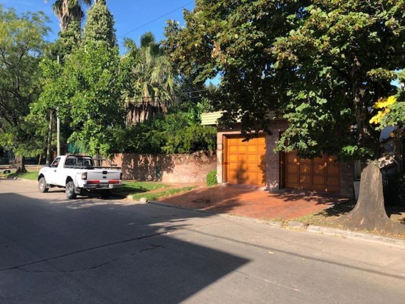casa en venta en jorge bell y 471 city bell - alberto dacal propiedades