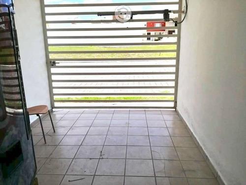 casa en venta en juan c bonilla  sobre bulevard a huejotzingo. frac.el capulin