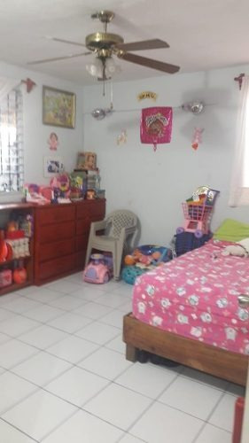 casa en venta en juan pablo 2 excelente ubicación