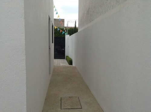 casa en venta en juriquilla- san francisco (mt)