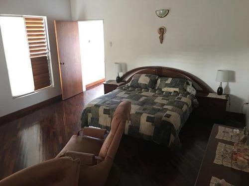 casa en venta en la boyera baruta. caracas edf 17-8675