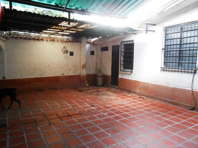 casa en venta en la campiña, naguanagua 19-18733 em