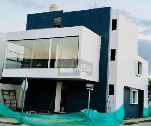 casa en venta en la col. cañada del refugio cercano a blvd. insurgentes en león, gto