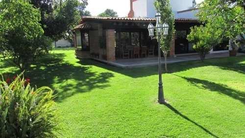 casa en venta en la colonia jurica