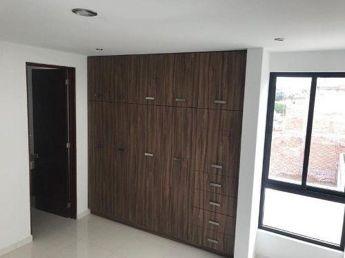 casa en venta en la colonia lomas de guadalupe