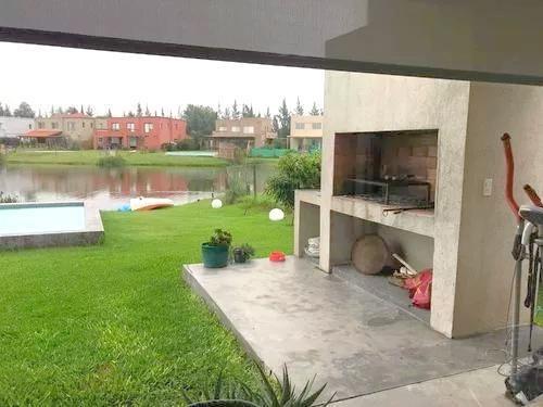 casa en venta en la comarca al agua 4 doms mas play pileta y dependencia