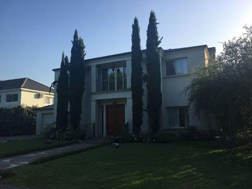 casa en venta  en la deseada