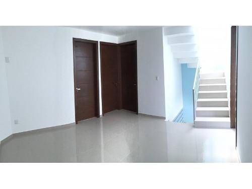 casa en venta en la frac. la rua residencial, tlajomulco de