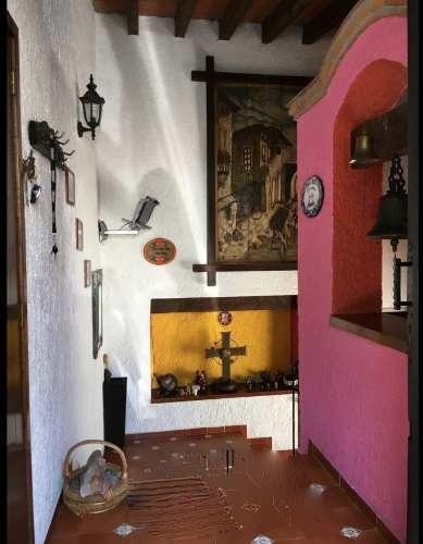 casa en venta en la herradura con vista al bosque, estilo mexicano contemporáneo