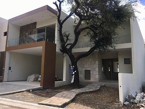 casa en venta en la joya magnolia