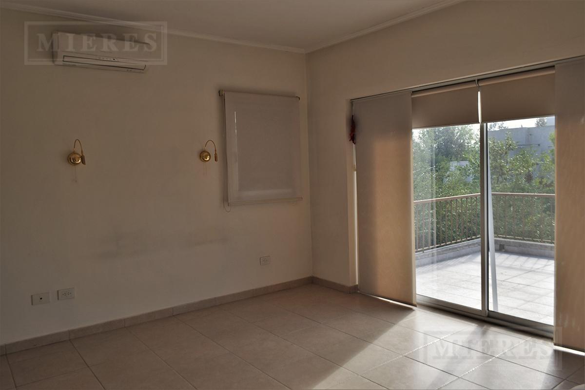casa en venta en la montura