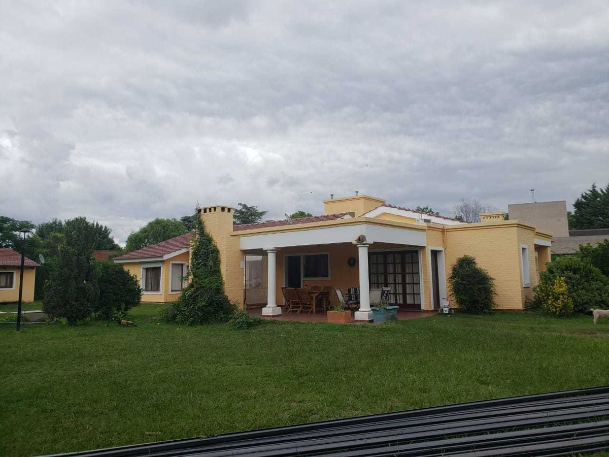 casa en venta en la paloma, villa allende