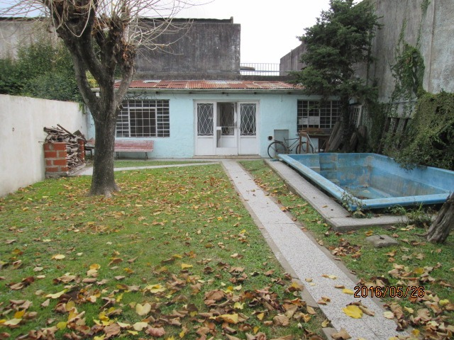 casa en venta en la plata   37 e/ 27 y 28