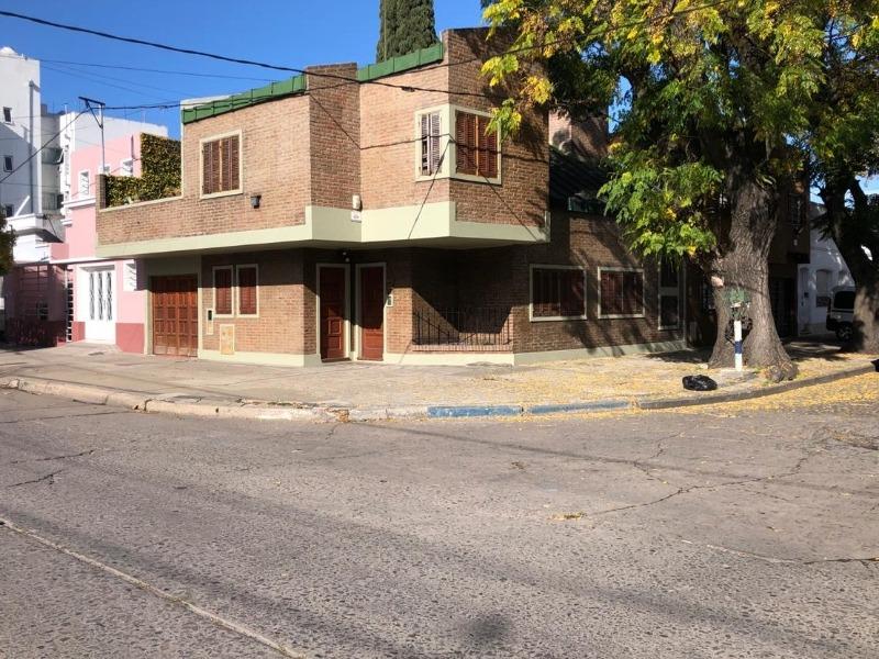 casa en venta en la plata. 65 esquina 115