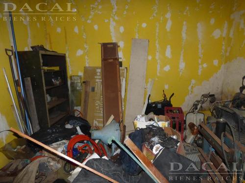 casa -en venta en la plata calle 115 e/ 35 y 36 dacal bienes raices