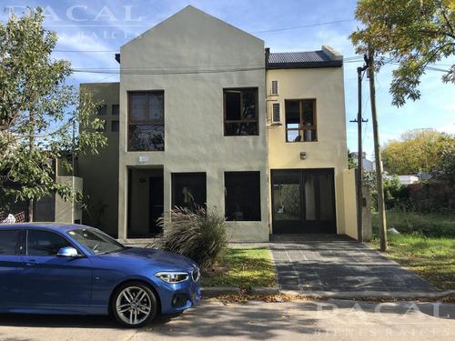 casa en venta en la plata calle 30 e/ 37 y 38  dacal bienes raices