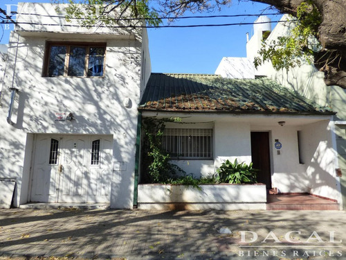 casa en venta en la plata calle 59  e/ 17 y 18 dacal bienes raices
