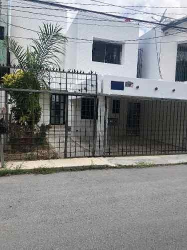 casa en venta en la sm 38