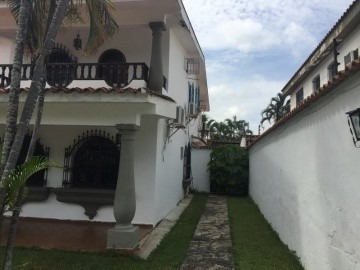 casa en venta en la viña, valencia, carabobo, 18-72017