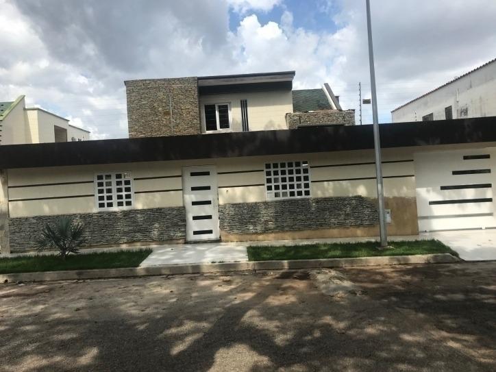 casa en venta en las 4 av de prebo