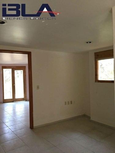 casa en venta en las aguilas