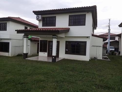 casa en venta en las cumbres #19-2752hel**
