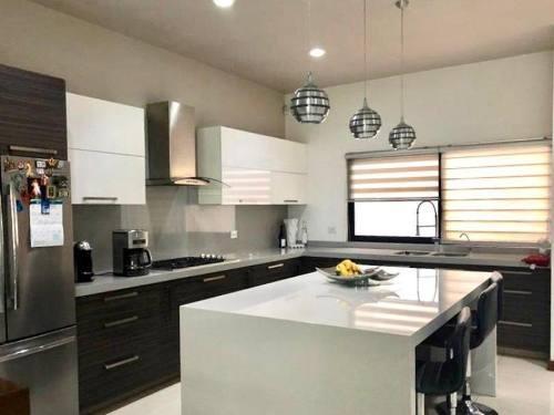 casa en venta en las privanzas